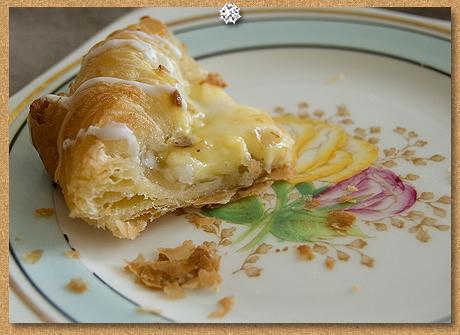 Custard danish pastry